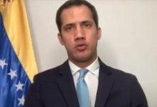 Photo of Guaidó califica de «cobarde» la detención de Nicmer Evans por parte del régimen