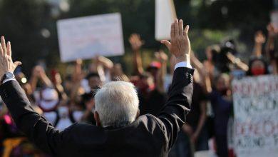 Photo of Simpatizantes y detractores reciben a AMLO en Washington