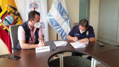 Photo of MIES firmó convenios para atender a adultos mayores de la zona rural y urbana de Guayaquil