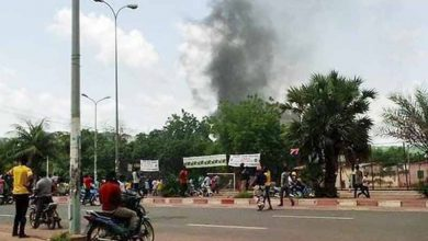 Photo of Francia condena «motín» militar en Mali y pide respeto al orden constitucional