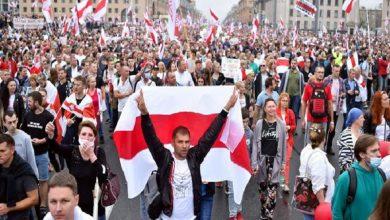 Photo of Decenas de miles de bielorrusos protestan en Minsk contra Lukashenko