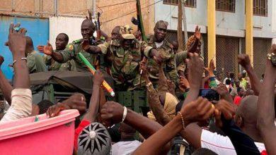 Photo of Dimite presidente de Mali, detenido tras golpe de Estado