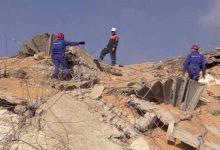 Photo of Rescatistas recuperan cuerpos entre escombros en Beirut