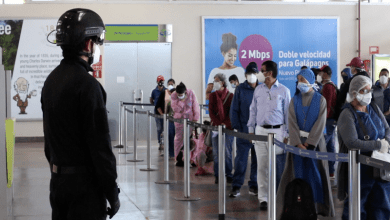 Photo of Galápagos retoma actividad turística con primer vuelo de 138 pasajeros