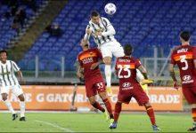 Photo of Cristiano Ronaldo marca un doblete para salvar a la Juventus en Roma