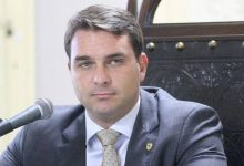 Photo of La Fiscalía de Río de Janeiro denunció a uno de los hijos de Jair Bolsonaro por lavado de dinero