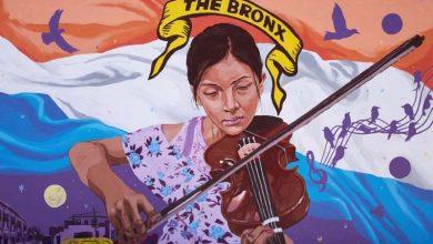 """Photo of Ecuatoriano Layqa Nuna Yawar reúne a los """"héroes"""" del Sur de El Bronx en nuevo mural de Casita María"""