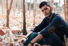 """Photo of """"Lo que siento"""" es la romántica canción con la que debuta el artista ecuatoriano Leo Toledo"""