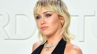 Photo of Miley Cyrus denuncia un trato sexista durante su participación en los MTV VMAs