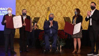 Photo of Destacados ecuatorianos fueron galardonados con el Premio Nacional Eugenio Espejo