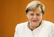 Photo of Angela Merkel visitó al opositor ruso Alexei Navalny en el hospital