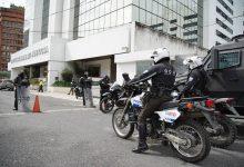 Photo of Quince sentenciados del caso Sobornos están en radar de la Policía: siete estarían en Quito y Guayaquil y ocho, fuera del país