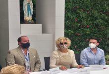 Photo of Alcaldesa recibió donación de 30.000 mascarillas N95 por parte de la Empresa BYD, y entregó Pólizas de Seguro de Vida a profesionales de la Salud.