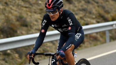 Photo of Richard Carapaz se viste de rojo tras ser nuevo líder de la Vuelta a España