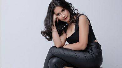 """Photo of Ingrid Carranza lanzó su primer sencillo en español """"Nos enamoramo' así"""""""