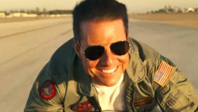 Photo of Tom Cruise recibe certificado de aviación naval honorífico por su papel en 'Top Gun'