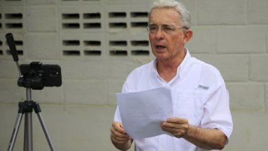 Photo of Álvaro Uribe pide toque de queda en Antioquia
