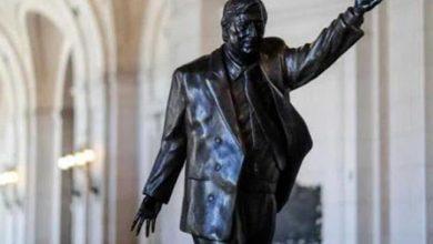 Photo of Estatua de exmandatario Kirchner vuelve a Buenos Aires