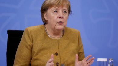 Photo of Merkel insta a los alemanes a tener cuidado o arriesgarse a una tercera ola de coronavirus