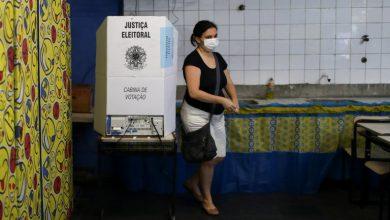 Photo of La pandemia elevó la abstención electoral a niveles récord en Río de Janeiro y San PabloPese a que el voto es obligatorio en Brasil, más del 30% de los votantes