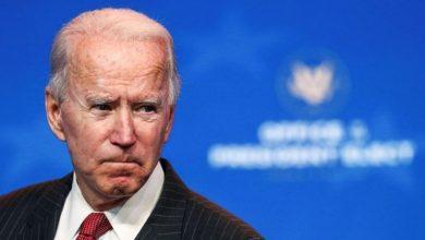 Photo of Joe Biden se resbaló mientras jugaba con su perro y se torció el tobillo