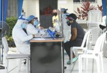 Photo of Médicos locales ven difícil que se empiece a vacunar en enero, como anunció Lenín Moreno