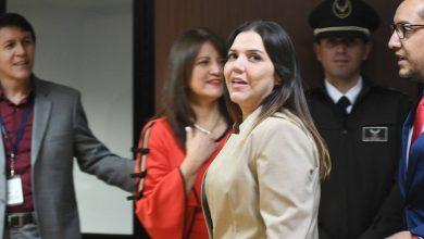 Photo of Exasambleísta María Alejandra Vicuña cambia de defensa y audiencia de apelación se difiere