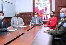 Photo of Ministro de Gobierno y autoridades de la Función Electoral coordinan acciones para los comicios