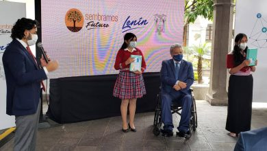 Photo of Gobierno entrega 100 mil tablets e instala 6.900 puntos WiFi