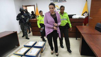 Photo of Tribunal de Pichincha declara inocente de lavado de activos a María Sol Larrea, pero su cuñado es condenado a seis años de cárcel